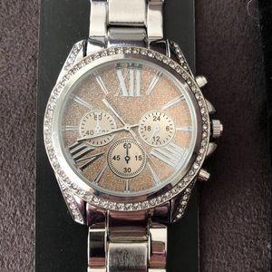 NY & Company watch